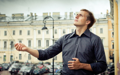 Vasily Petrenko leads RLPO and European Opera Centre in Verdi's Falstaff
