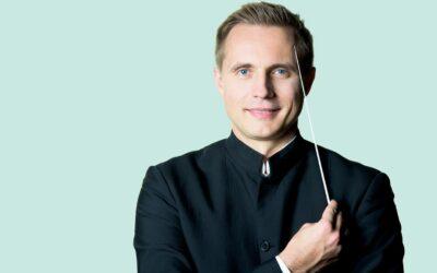 Vasily Petrenko Begins Royal Philharmonic Orchestra Music Director Tenure at BBC Proms & EIF